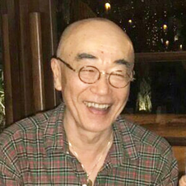 網倉 明 氏
